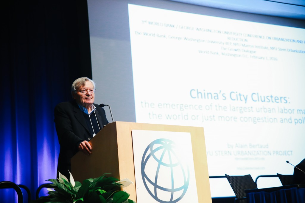 Alain Bertaud examines Chinese urban clusters and the future of transportation and land development. (IIEP)