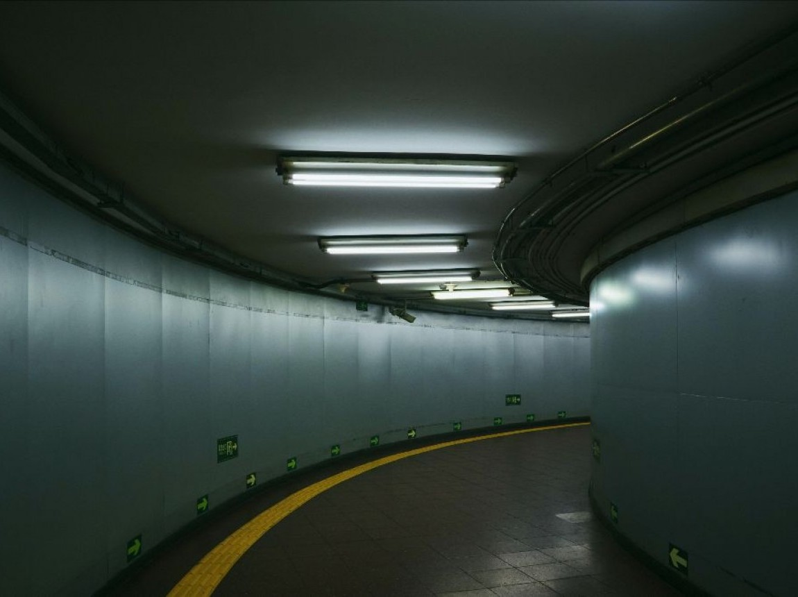 dark-subway.jpg