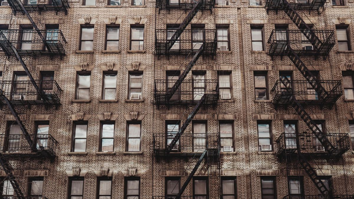building-windows.jpg